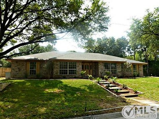 5833 Sycamore Creek Rd, Fort Worth, TX 76134