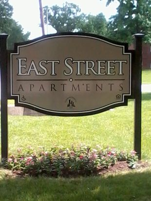 2760 S East St APT 205, Indianapolis, IN 46225