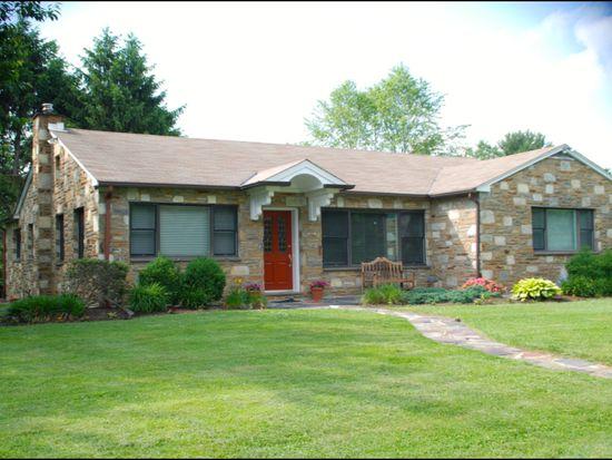 1300 Glenbrook Rd, Huntingdon Valley, PA 19006