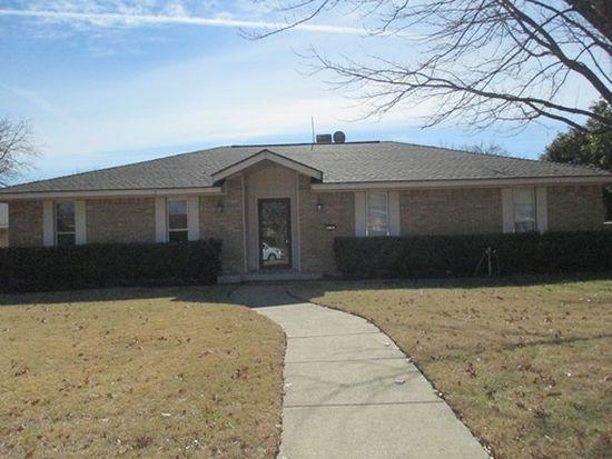 317 Forest Grove Dr, Richardson, TX 75080
