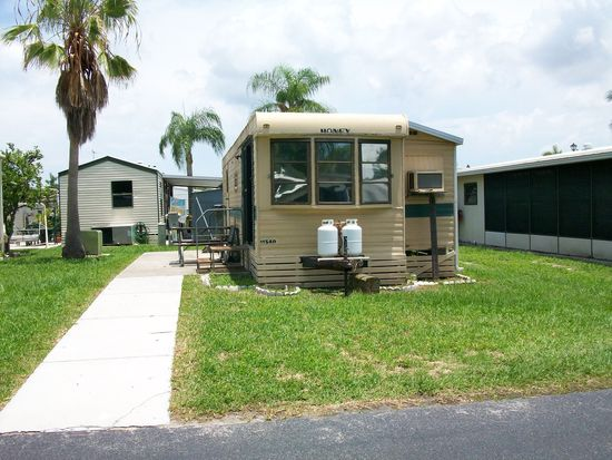 11540 Ariana Dr, Fort Myers, FL 33908