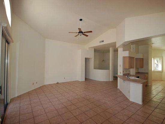 10221 E Calle Cadiz, Tucson, AZ 85747