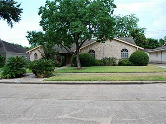 7710 Braes Meadow Dr, Houston, TX 77071