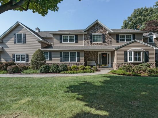 17 Granville Way, Basking Ridge, NJ 07920