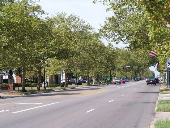 2592 Bexley Park Rd, Columbus, OH 43209