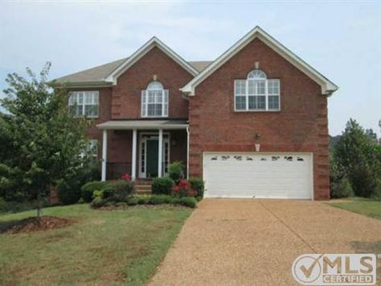 105 Chipwood Dr, Hendersonville, TN 37075