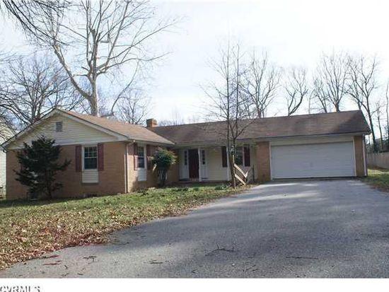 3821 Lake Hills Rd, North Chesterfield, VA 23234