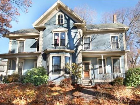 31 Lincoln St, Boston, MA 02136