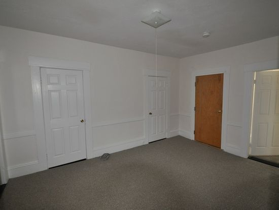 114 Pearl St # 1, Manchester, NH 03101