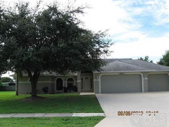 13620 Willow Bridge Dr, North Fort Myers, FL 33903