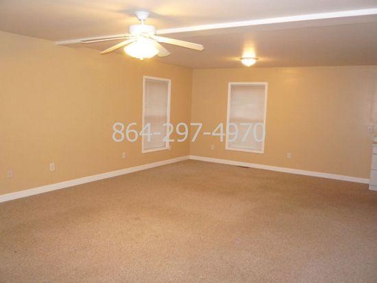 421A Wood Rd, Taylors, SC 29687