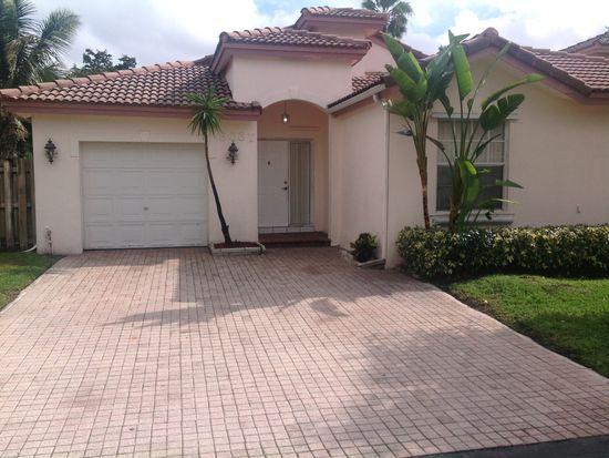 9037 SW 167th Ct, Miami, FL 33196