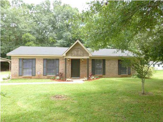 2855 Cottage Glenn Dr E, Mobile, AL 36695