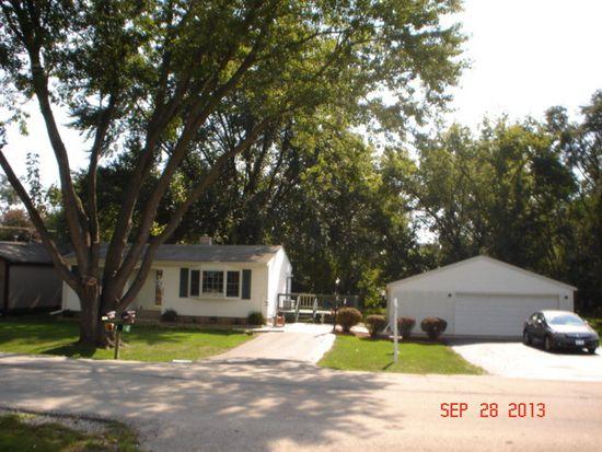 4809 Prairie Ave, Mchenry, IL 60050