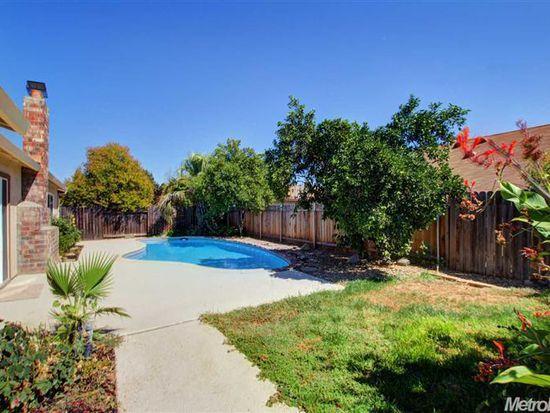 9120 Plumgrove Way, Sacramento, CA 95826