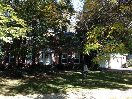 109 W Farnham Ln, Wheaton, IL 60189