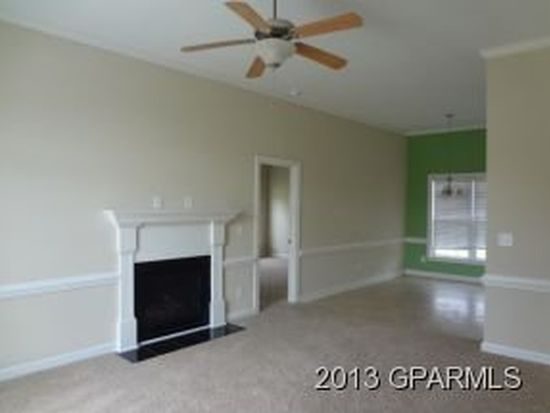 2920 Laylah Dr, Winterville, NC 28590