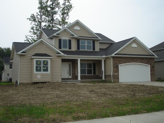 38527 Gold Rush Dr, Willoughby, OH 44094