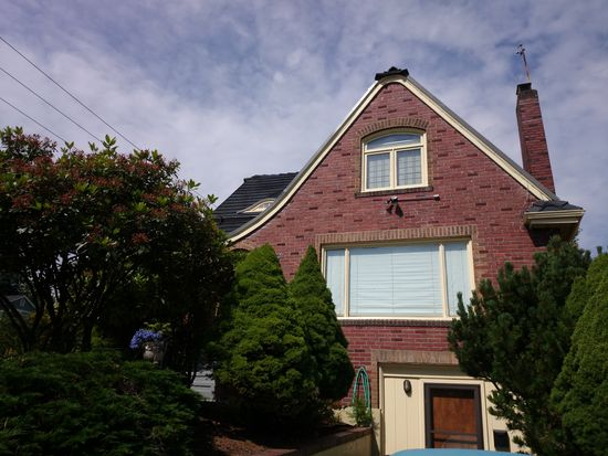7301 8th Ave NW, Seattle, WA 98117