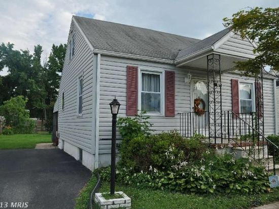1807 Middleborough Rd, Baltimore, MD 21221