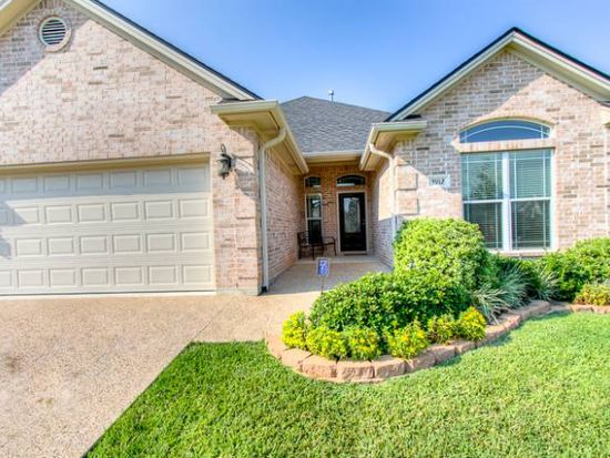 3912 Tournay Ln, College Station, TX 77845