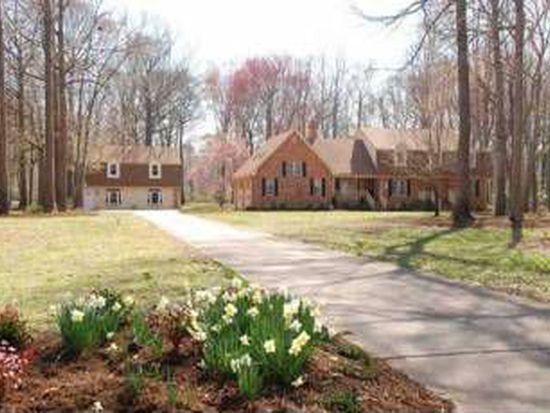 409 Woodards Ford Rd, Chesapeake, VA 23322
