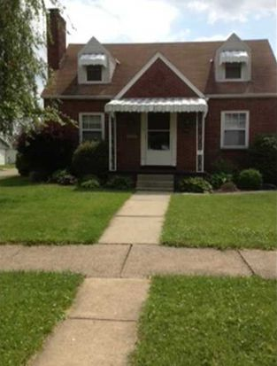1201 Pennsylvania Ave, Natrona Heights, PA 15065