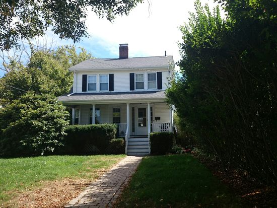 498 Weld St, Boston, MA 02132