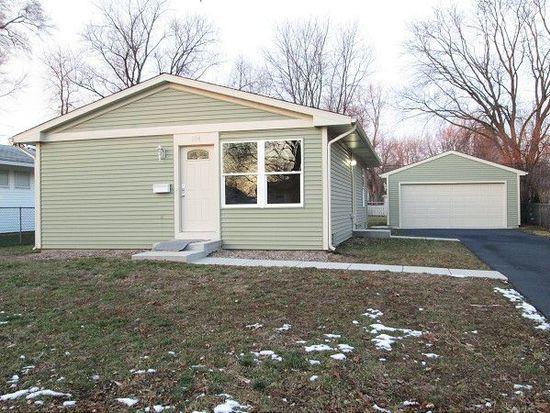 204 Sioux Ave, Carpentersville, IL 60110