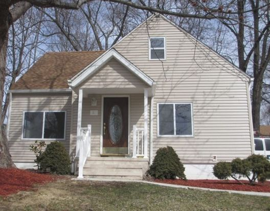 1509 Campbell St, Cuyahoga Falls, OH 44223