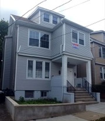 83 Mapes Ave, Newark, NJ 07112