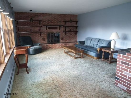 827 Ashcroft Ave, Cresson, PA 16630