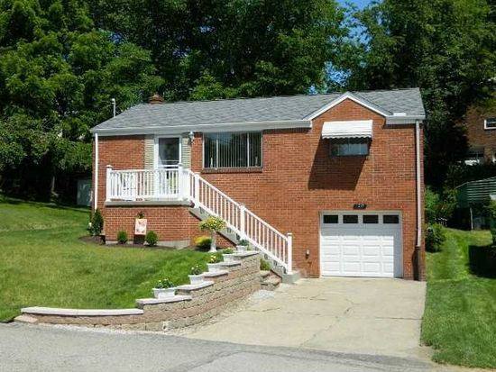 1216 Hollywood St, Pittsburgh, PA 15205