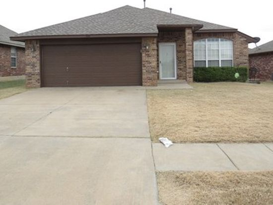 324 SW 39th St, Moore, OK 73160