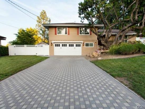 5228 Armida Dr, Woodland Hills, CA 91364