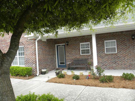 209 Eucalyptus Ln, Wilmington, NC 28412