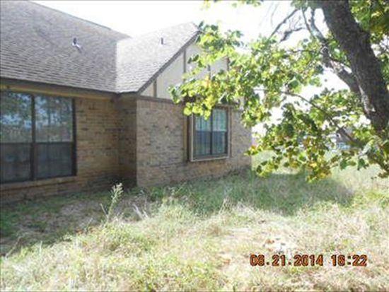 1444 Shaws Bend Rd, Columbus, TX 78934