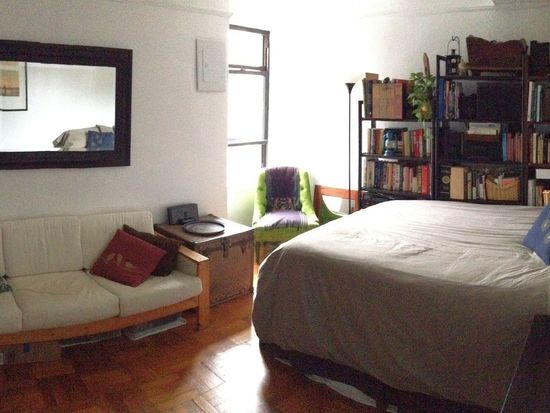 226 E 12th St APT 10D, New York, NY 10003