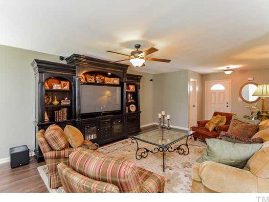 1757 E Honey Springs Ave, Fuquay Varina, NC 27526
