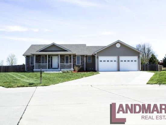 4121 Becca Ct, Manhattan, KS 66502