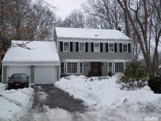 34 White Birch Cir, Miller Place, NY 11764