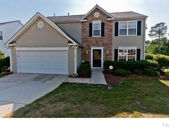 304 Beverstone Dr, Holly Springs, NC 27540
