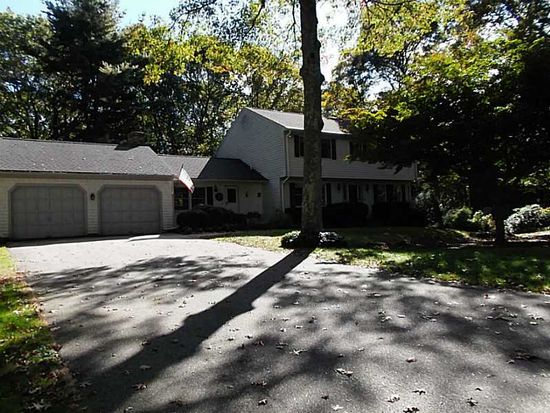 91 Rollingwood Dr, North Kingstown, RI 02852