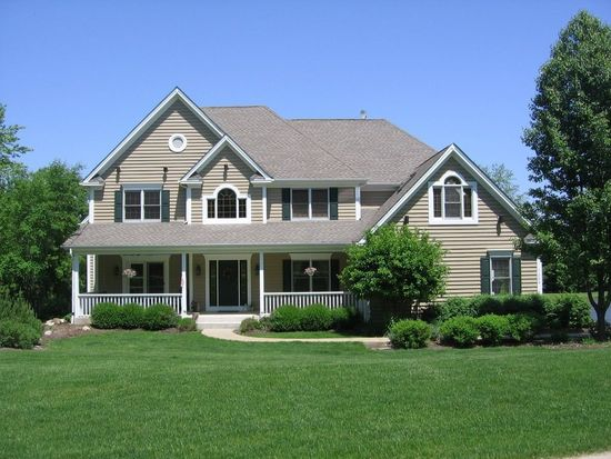 7206 Saddle Oaks Dr, Cary, IL 60013
