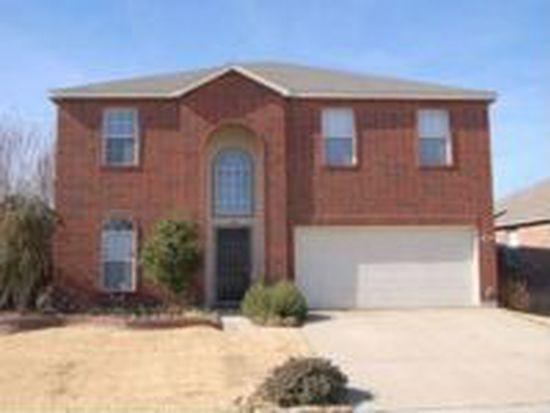 1105 Pine Ridge Rd, Roanoke, TX 76262