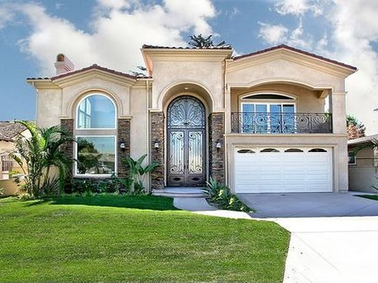 8352 Dinsdale St, Downey, CA 90240