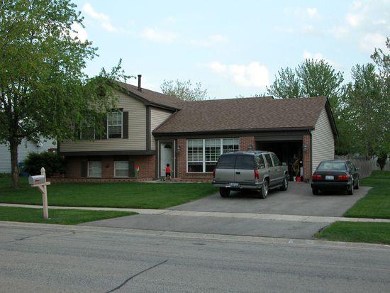 1435 Windjammer Ln, Hanover Park, IL 60133