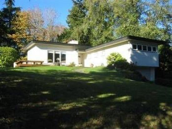 16515 34th Ave NE, Lake Forest Park, WA 98155