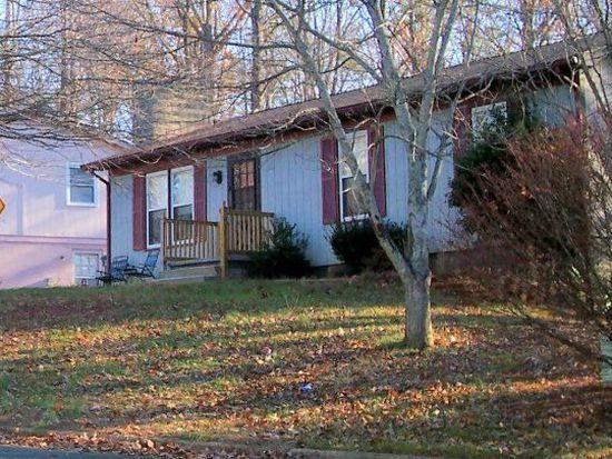 529 Jester Ln, Charlottesville, VA 22911