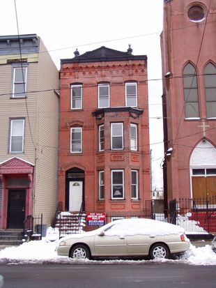 332 Pacific Ave, Jersey City, NJ 07304